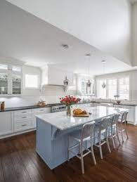 Kitchen Centre Island Designs Tradtioanal White Kitchen Design Calacatta Marble Countertop Light