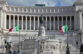 wedding cake building rome italian flags is also the monument to the unknown soldier