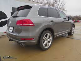 porsche cayenne trailer hitch trailer hitch for a 2016 porsche cayenne s e hybrid etrailer com