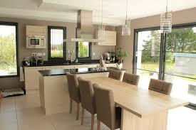 image de cuisine ouverte dans votre chalet en bois une cuisine ouverte ou fermée