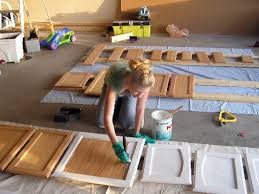 steps to painting cabinets how to paint kitchen cabinets in 5 easy steps kukun