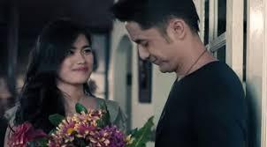 film romantis indonesia youtube penuh gairah ini ciuman hot para artis indonesia celeb bintang com