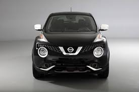 nissan juke yellow spoiler nissan goes black and white for special edition juke autoguide