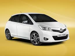 toyota yaris 2013 toyota yaris trend 2013 pictures information specs