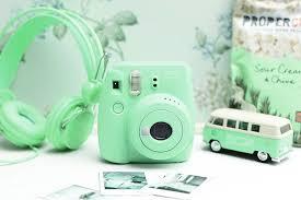 amazon com fujifilm instax mini 8 mint instant film camera