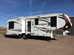 Used Horse Trailers For Sale In San Antonio Texas New Or Used Heartland Bighorn Rvs For Sale Rvtrader Com