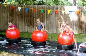 kids party ideas 12 summer birthday party activities for kids parentmap