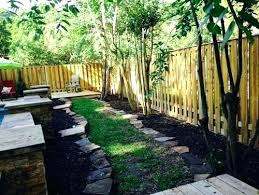 Small Garden Fence Ideas Landscaping Along A Fence Ideas Backyard Landscaping Ideas Along