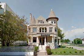 Old Mansions Historic Grand Boulevard Mansion Lists For 1 3m Curbed Chicago