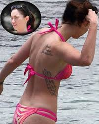 megan fox u0027s tattoo gets airbrushed off grazia magazine cover