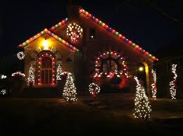 southampton holiday lights contest sponsored by circa properties