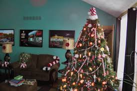 what is your christmas decorating theme