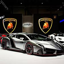 lamborghini veneno how fast literally hundreds of the s cars just debuted here