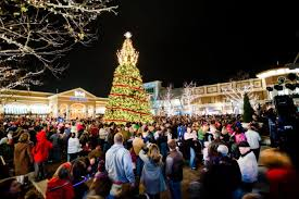 Northern Lights Missouri The Beautiful Christmas Lights Road Trip To Take Around Kansas City