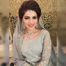 chiffon hairstyle stylish and trendy pakistani bridal wedding hairstyle