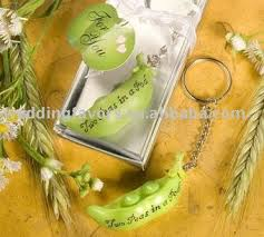 peas in a pod keychain two peas in a pod wedding favors wholesale wedding favors
