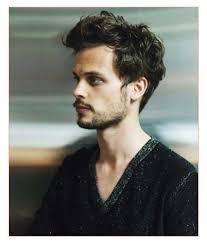 short medium hairstyles men with cute short layered hair for men