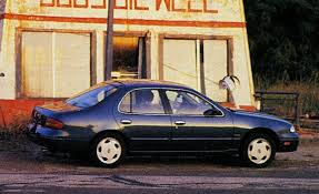 cars nissan altima 1993 nissan altima gxe archived long term road test reviews