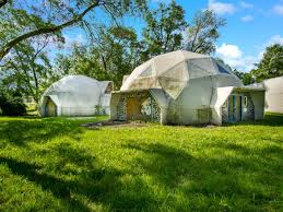 Geodesic Dome House Live Or Work In The Geodesic Domes Yours For 399k Curbed Detroit