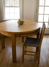 Kitchen Tables Round Michael Hoy Woodworking Round Kitchen Table