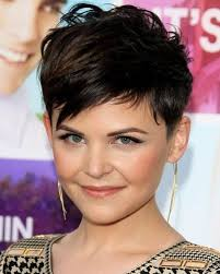 very short feathered hair cuts 20 layered hairstyles for short hair popular haircuts