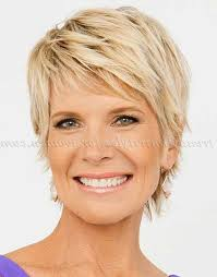 2018 popular best short haircuts for over 50