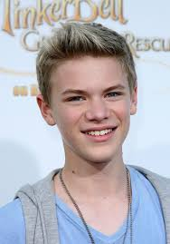 teen biys short hairstyle with spukes natural hair color with spiky hairstyle for teenage boy from