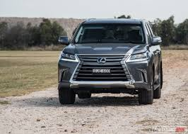lexus 2017 2017 lexus lx570 review video performancedrive