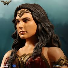 12 collective woman mezco toyz