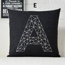 coussin de canapé design cerfs oreiller noir et blanc coussins design moderne et