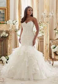 curvy wedding dresses terrific plus size wedding dresses 1000 ideas about plus size