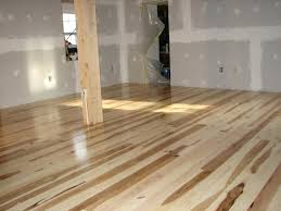 Cheap Laminate Flooring Uk Hickorylight Oak Laminate Flooring Uk Light Wood Floors Living