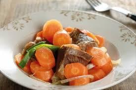 cuisiner du boeuf en morceaux recette de boeuf aux carottes facile et rapide