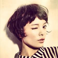 growing out short hair but need a cute style growing out phase hairstyles pinterest bangs short hair