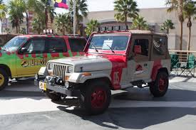 jurassic park car file lbcc 2013 jurassic park jeep wrangler sahara 11028084755