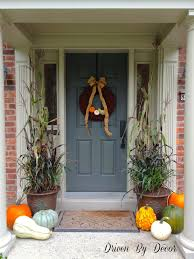fall porch decorating ideas cheap gourds pumpkins crates and fall
