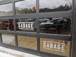 Backyard Bar And Grille Enfield by Garage Door Bar Wageuzi