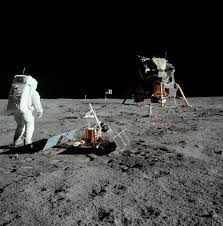 Moon Flag From Earth Tranquility Base Wikipedia