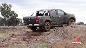 vauxhall colorado holden colorado 2017 review motoring com au
