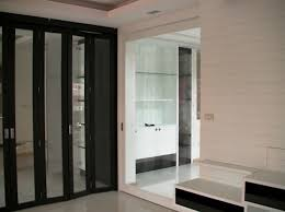 closet doors frosted glass luxury bifold closet doors with frosted glass roselawnlutheran