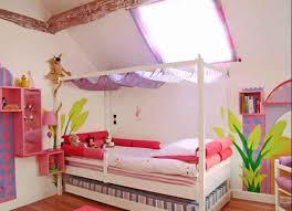 choisir peinture chambre choix de couleur du peinture chambre enfant