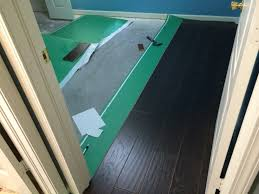 Cutting Laminate Floor Ripping Up Carpet And Installing Laminate Wood Flooring