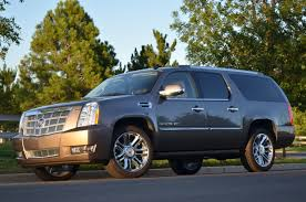2011 cadillac escalade reviews technology review the 2011 cadillac escalade esv makes for the