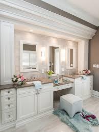 Simple And Traditional Bathroom Design Ideas Home Decor Blog - Classic bathroom design