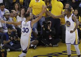 How Much Does Stephen Curry Bench Stephen Curry Kevin Durant Lead Warriors To 2 0 Lead Over