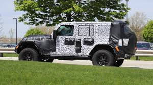burgundy jeep wrangler 2 door 2018 jeep wrangler u0027s interior fully revealed in new spy photos