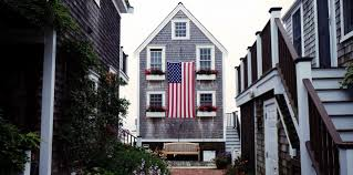 American Flag House Proudly And Properly Display Your Flag Chc Blog