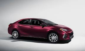 2017 toyota corolla pictures photo gallery car and driver