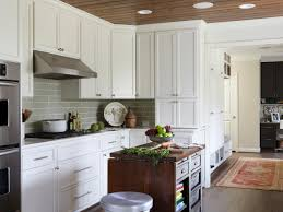 How To Choose Kitchen Cabinet Color Kitchen Appealing Triple Hanging Lamp Above Big Counter Near Gas