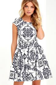 print dress fitted white dress print dress skater dress 47 00